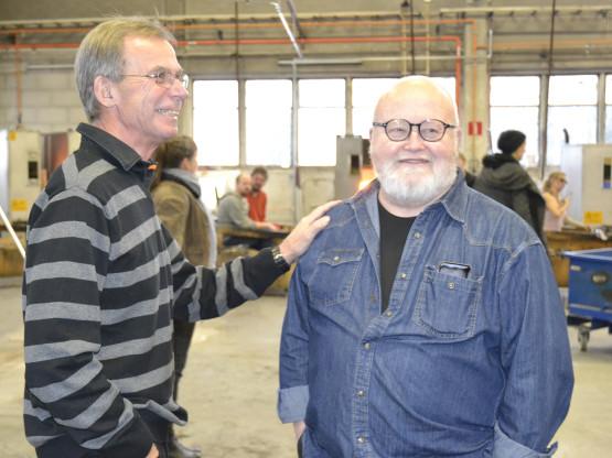 Hasse Ljungdahl (Nybro Företagsgrupp) och Kjell Engman (formgivare)